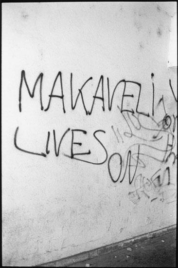 47_Makaveli_Vien02